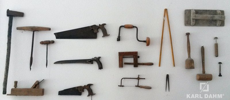 Fliesenwerkzeug alt - Karl Dahm