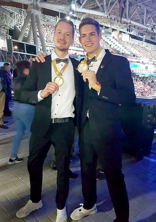 Janis Gentner und Renato Leo belegen beide den 1. Platz bei den WorldSkills 2019 im Wall and Floor Tiling