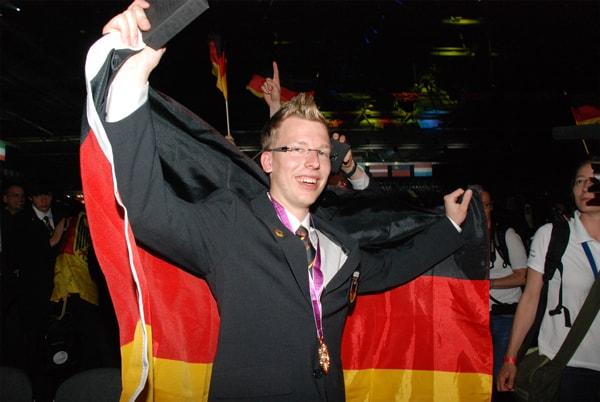 Fliesenleger Björn Bohmfalk holt Goldmedaille bei den WorldSkills 2013 in Leipzig
