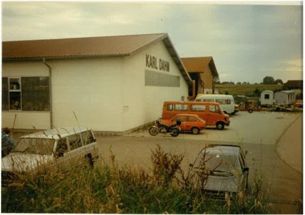 Firmengebäude KARL DAHM in Seebruck - alte Aufnahme