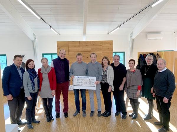 Spende für Malawi - KARL DAHM fördert Spendenprojekt für die afrikanische Region Malawi mit 1000 €. Insgesamt kommen 10.000 Euro zusammen.